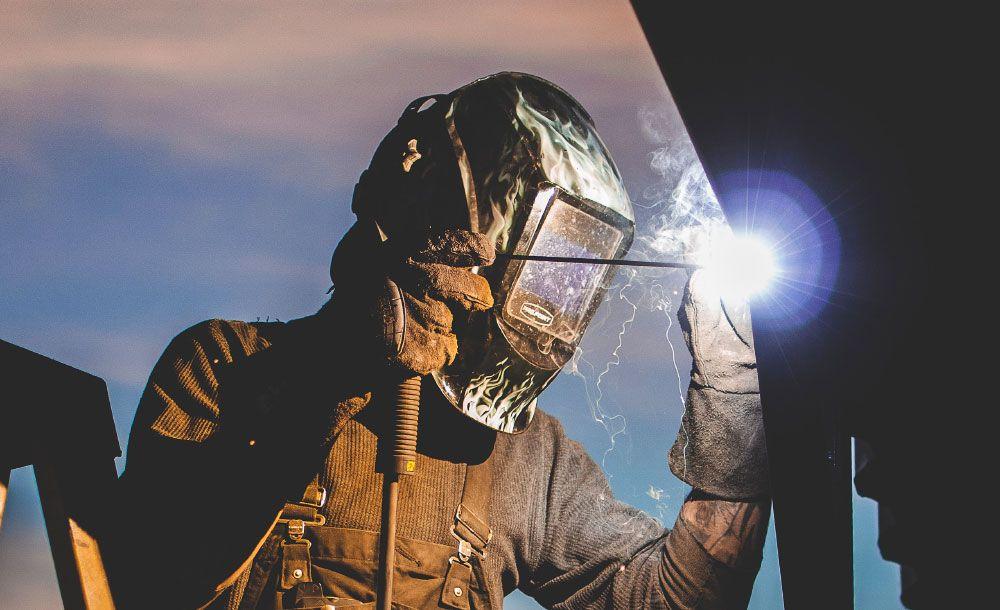 welder operating